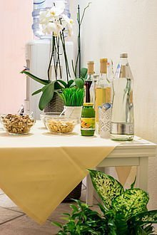 Nüsse und Säfte zum Frühstück im Hotel Stoiser Graz