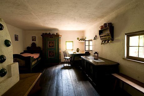 Im Inneren des Freilichtmuseums Stübing nahe Graz